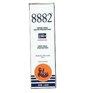 8882 crème de jour fond de teint teinté opale (spf50+) 40ml