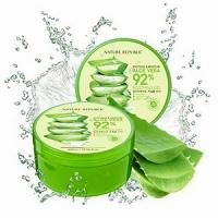 Aloe Vera gel de Nature Republic gel 92% hydratant calmant visage et corps 300 ml